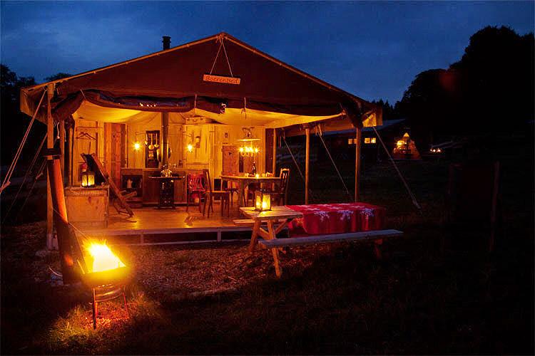 Boerderijvakantie op boerderijcamping in luxe safaritent (glamping)