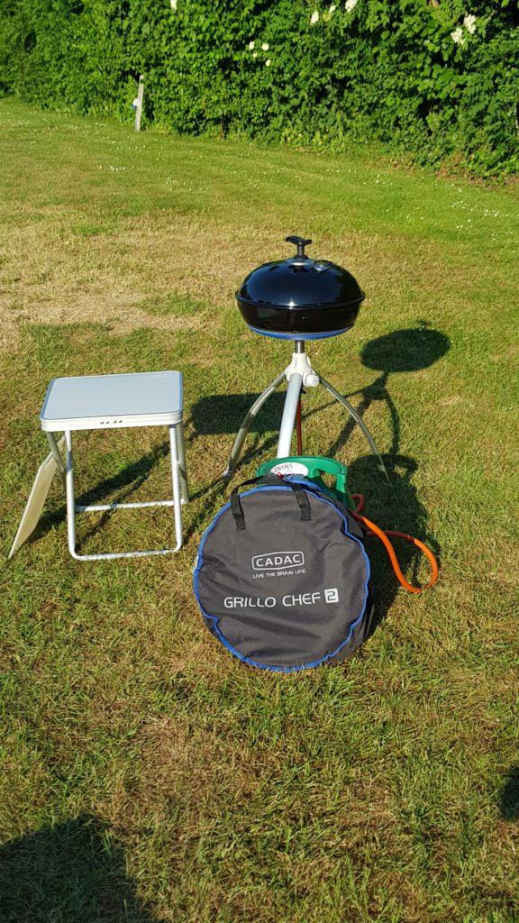 Cadac grillo chef 2, handige camping BBQ