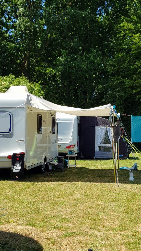 buren op de camping, live camping tv