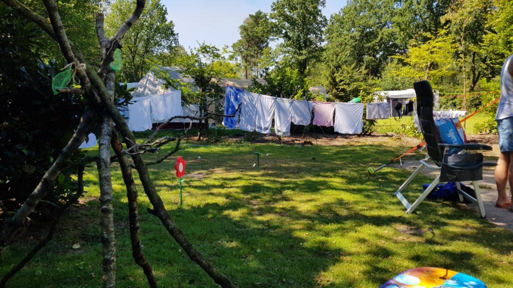 wassen en drogen op de camping